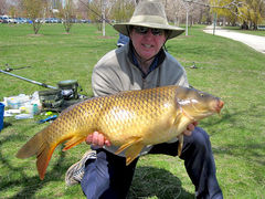 24-3 common - Big fish at April 2011 Chicago Tournament - Lagoon - Lincoln Park - Chicago, IL - Dr. Frank Rink