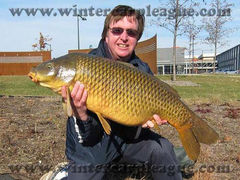 34-12 common (pic 2) - Menomenee River - Big fish at Winter Carp League 2010-11 - Milwaukee, WI - Dr. Frank Rink